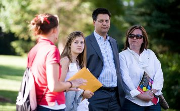 Campus tour: student and parents