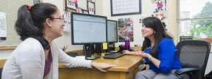 A Guide to Working with a College Advisor