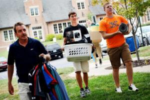 College Checklist for Move in Day