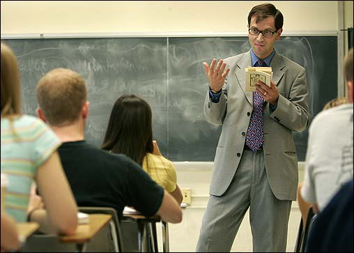 5 Ways To Get To Know Your College Professors Start