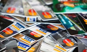 Battling Credit Card Debt in College