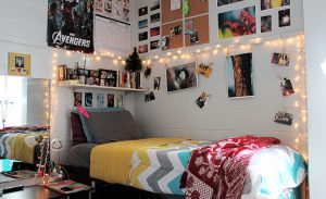 Dorm Decoration Tips for a College Student's Dorm Room