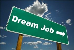 4 Tips for Landing Your Dream Job after College